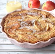 Äppelkaka recept - Lindas Bakskola & Matskola Swedish Christmas, Fika, Pie Dessert, Pavlova, Apple Pie, Sweet Recipes, French Toast, Food And Drink, Sweets