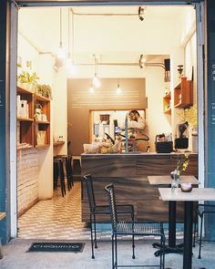 Chiquitito Café Cuauhtémoc: Río Lerma 179 5207.0427 Chiquitito Café Condesa: Alfonso Reyes 232 E 5211.6123 Table, Furniture, Home Decor, Home, Interior Design, Home Interior Design, Desk, Tabletop, Arredamento