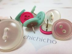 Vintage Button Push Pins 10pcs by chichicho on Etsy, $6.88