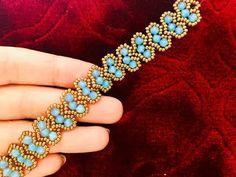 Free Pattern - A Simple Twist Beaded Necklace and Bracelet - Finja Bracelets Diy, Handmade Bracelets, Silver Bracelets, Fashion Bracelets, Handmade Jewelry, Gold Earrings, Making Bracelets, Colorful Bracelets, Silver Rings