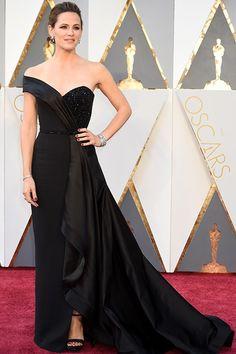 Every Oscar Dress of 2016, Ranked. Jennifer Garner in Versace.