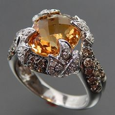14K WHITE GOLD FACETED CITRINE & 0.94 CTW WHITE & CHAMPAGNE DIAMONDS RING - SIZE 6.75 – Gold Stream Boutique