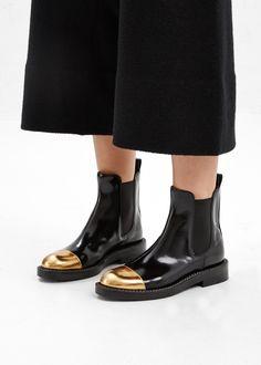 Marni Metallic Toe Chelsea Boot in Coal #totokaelo #marni
