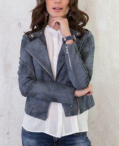 Leren Jasje Jeansblauw 2.0 | Musthaves For Real Goedkope imitatie leren jas in het jeansblauw met zilverkleurige ritssluiting is perfect te combineren.