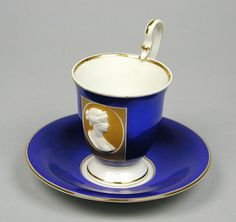 Berlin portrait cup and saucer (German)