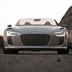 Audi e-tron , el descapotable electrico de audi!!!! Waoooooo!