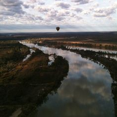 Hot air ballooning, Murray river S.A
