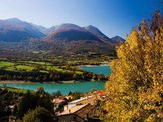 Parc National des Abruzzes, du Latium et Molise  Lac de Barrea  Randonnées à partir de la ville de  Pescasseroli