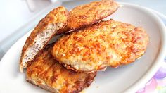 """""""Low-carb"""" chlebík :o) French Toast, Paleo, Low Carb, Baking, Breakfast, Breads, Food, Morning Coffee, Bread Rolls"""