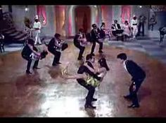 A music video of the song by Mohammed Rafi, the famous Hindi/Urdu playback speaker in Bollywood (see: http://en.wikipedia.org/wiki/Mohammed_Rafi ). This is a...
