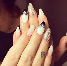 small diamond finger tattoo #ink #youqueen #girly #tattoos #diamond @youqueen Diamond Finger Tattoo, Inner Finger Tattoo, Diamond Tattoos, Finger Tattoos, Girly Tattoos, Small Tattoos, Rough Diamond, Tattoo Ink, Naked