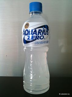 Aquarius Zero isotonic sports drink in 500ml PET bottle distributed by Coca-Cola Japan