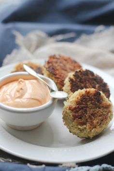 Crispy Quinoa Cakes with Roasted Red Pepper Cashew Cream