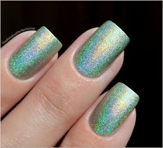 PUPA -  Holographic Light Green ... from the Polished Perfectionist
