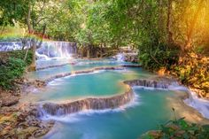 Les chutes de Kuang Si au Laos