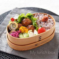* My lunch box☺︎ * 甘辛鶏団子 チーズ海苔ちくわ 南瓜サラダ 蕪の塩揉み 紫キャベツのマリネ きゅうり ミニトマト 十六穀米