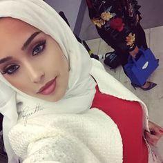 Hijab Muslim Women Fashion, Islamic Fashion, Arab Girls Hijab, Muslim Girls, Hijabi Girl, Girl Hijab, Muslimah Clothing, Muslim Beauty, Hijab Dress