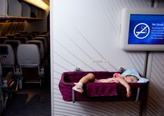 Family vacations are much easier when your baby and young kids sleep on the plane. Here's how you make flying with kids easier, along with gear tips. Toddler Sleep, Toddler Travel, Kids Sleep, Travel With Kids, Baby Sleep, Baby Jet Lag, Flying With A Toddler, 8 Month Old Baby, Girl Sleeping