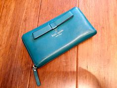 Kate Spade teal leather bow wallet #blue #color #green #kate-spade #leather #teal #wallet