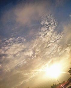 晴れ d(O)b #空 #朝 #太陽 #朝日 #雲 #風景 #ダレカニミセタイソラ #写真好きな人と繋がりたい #igで繋がる空 #sun #sunshine #sunny #sunrise #Instagram #japan #landscape #cloudscape #sky #clouds #cloudporn #igers #igersjp #sky_captures #sky_sultans #sky_masters_family #ptk_sky #sky_collection #best_skyshots #jj_skylove #love_all_sky