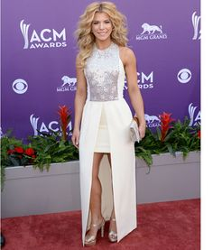 Red Carpet American Country Music Awards - Kimberly Perry