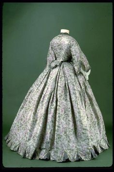 Day dress (back), 1861-63  From the Museum of London via Molly Elizabeth Costumes