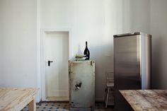 Freunde von Freunden — Magnus Reed — Photographer, Apartment and Studio, Berlin-Schöneberg — http://www.freundevonfreunden.com/interviews/magnus-reed/
