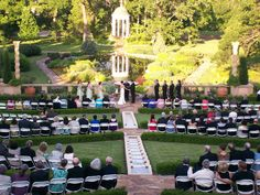 Philbrook Gardens are the perfect backdrop to your wedding!