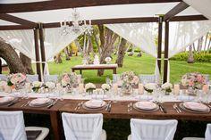 Paradise Cove + Lanikuhonua Wedding   Read more - http://www.stylemepretty.com/destination-weddings/2013/12/17/paradise-cove-lanikuhonua-wedding/