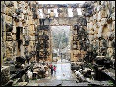 Inside the Roman temple in Niha Chouf!