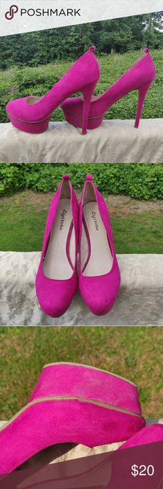 e183ad7e64 Hot Pink Platform Heels These heels are surprisingly comfortable and easy  to walk in considering how