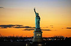 Aufgrund der in Amerika aufgestellten Freiheitsrechte war es möglich, dass der Herr seine Kirche durch Joseph Smith hat dort 1830 wiederaufrichten lassen können. Heute profitiert die ganze Menschheit davon, auch du und ich. Welche Gedanken bewegen dich, wenn du an die geschichtliche Entwicklung Amerikas denkst?