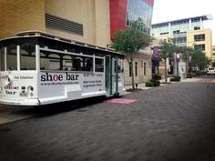 A mobile shoe boutique in Houston, Texas! Why is the world do I not know about this