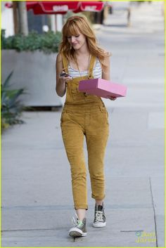 bella thorne business meeting beauty 03