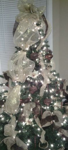"""Christmas tree 2012 with homemade bows by """"Teresa Designs"""""""