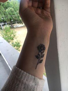 New rose tattoo ? - New rose tattoo ? - New rose tattoo ? - New rose tattoo ? New Rose Tattoo, Rose Tattoos On Wrist, Dainty Tattoos, Dope Tattoos, Girly Tattoos, Sister Tattoos, Little Tattoos, Pretty Tattoos, Mini Tattoos