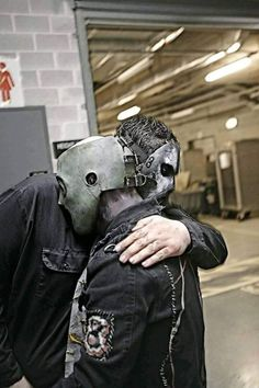 Paul Gray and Corey Taylor Paul Gray, System Of A Down, Radiohead, Slipknot Band, Slipknot Corey Taylor, Craig Jones, Mick Thomson, Sid Wilson, Rock Y Metal
