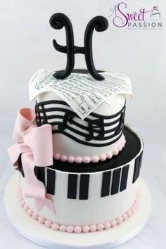 Musical themed cake