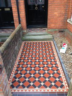 Original Style red, black and regency bath tiles formed the main field, with a border or red, buff and brown, to replicate the existing porch step border. Many admiring glances and comments from passers-by on this one! Victorian Front Garden, Victorian Porch, Victorian Tiles, Front Garden Ideas Driveway, Front Path, Porch Uk, Porch Tile, Paving Design, Stone Chimney