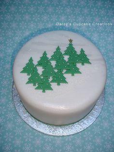 forest of Christmas trees cake Christmas Tree Cupcake Cake, Christmas Cake Designs, Christmas Cake Decorations, Christmas Tree Cookies, Christmas Goodies, Christmas Desserts, Christmas Treats, Christmas Baking, Tree Cakes