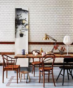 glazed bricks / table