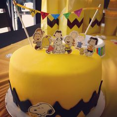 Snoopy Birthday, Snoopy Party, 2nd Birthday, Themed Parties, Party Themes, Charlie Brown Peanuts, Baking, Cake, Desserts