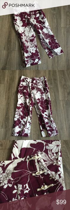 "MIU MIU Pantalone Capri Pants Trousers Floral 42 Brand new, retail over $400. MIU MIU Capri pants. Sz 42 measurements are: waist 15"" inseam 23"" AA Miu Miu Pants Capris"