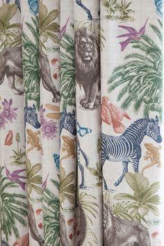 Animal curtains - zebra, lion, hummingbird