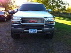 Make:  GMC Model:  Sierra Year:  2002 Body Style:  Crew Cab Pickup Exterior Color: White Interior Color: Gray Doors: Four Door Vehicle Condition: Good  Phone:   763-489-8868  For MOre Info Visit: http://UnitedCarExchange.com/a1/2002-GMC-Sierra-621982784949