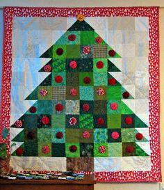 Christmas tree quilt with yo-yo ornaments
