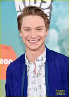 Calum Worthy Goofs Around on the Kids Choice Awards 2016 Orange Carpet: Photo #940718. Calum Worthy looks sharp while on the orange carpet at the 2016 Kids' Choice Awards held at The Forum in Los Angeles on Saturday afternoon (March 12).    The 25-year-old…