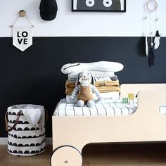 TouTou is so cool...look at him chillin in his modern black and white bedroom #kidsroom #kidsinterior #blackandwhite #scandinaviandesign # @fashionitka