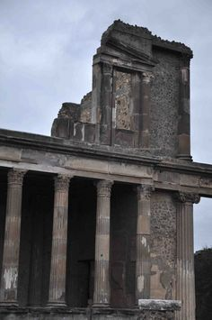 *POMPEII, ITALY ~  ruins of the Temple of Jupiter