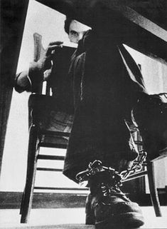 Ted bundy - For me this is the scariest photo of Bundy, it leaves me cold.